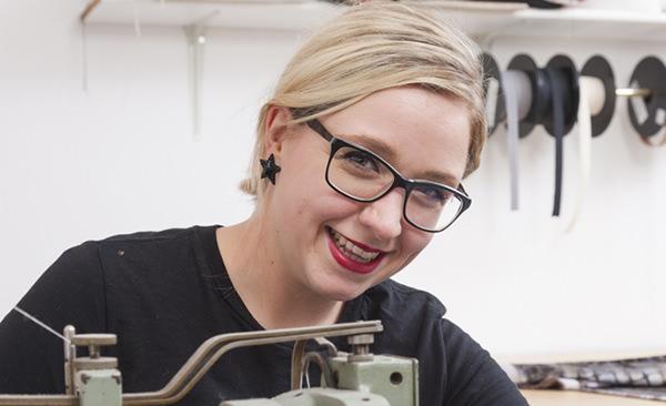 Sarah Bluhm Raumausstattung Krahn Mitarbeiterin